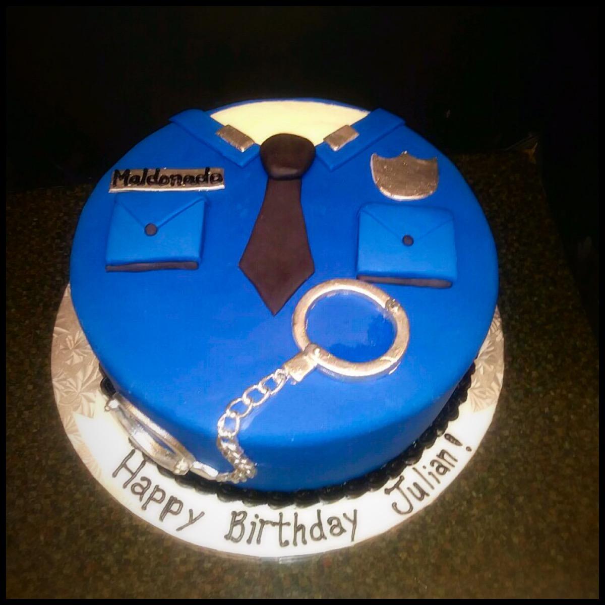 Swell Policeman Cake Funny Birthday Cards Online Hendilapandamsfinfo