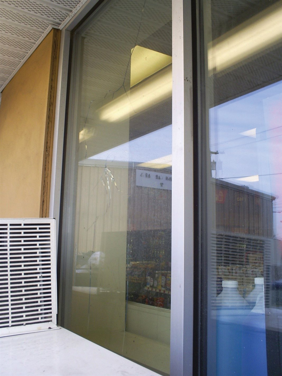 Broken window repair in philadelphia pa insulated unit