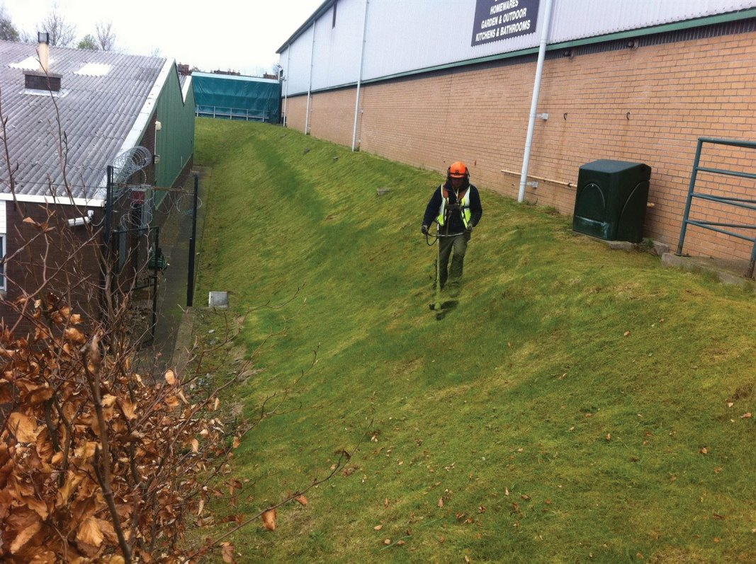 Embankment grass cutting and landscape maintenance of industrial areas, factory grounds and business parks in Edinburgh, Midlothian, East Lothian, Fife and the Scottish Borders regions