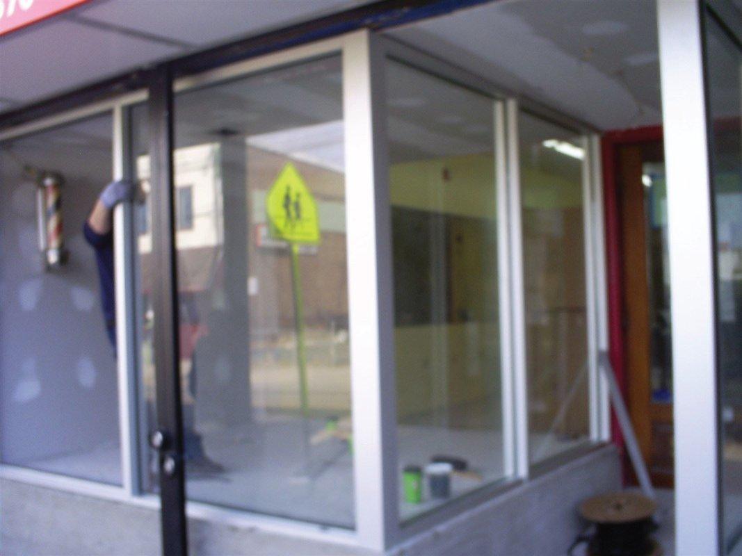 commercial glass repair in Philadelphia Pa Metro area