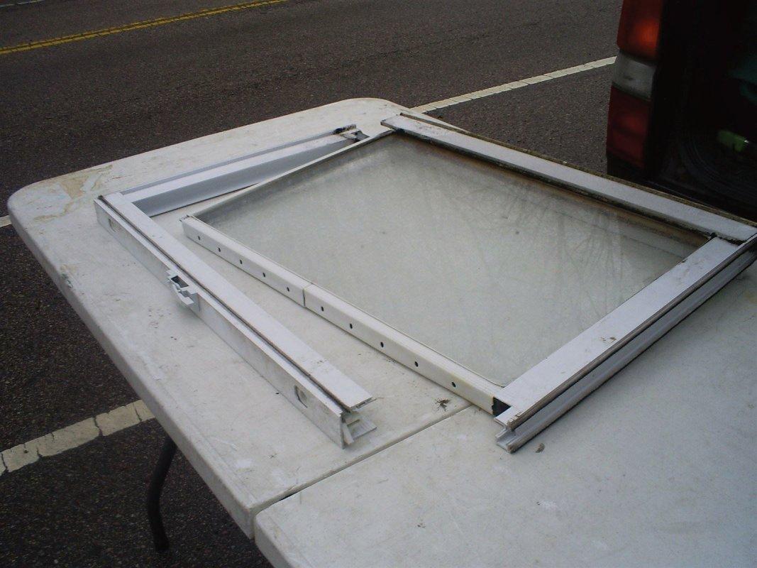 Atlas Glass Repair - Broken window repair in Philadelphia Pa