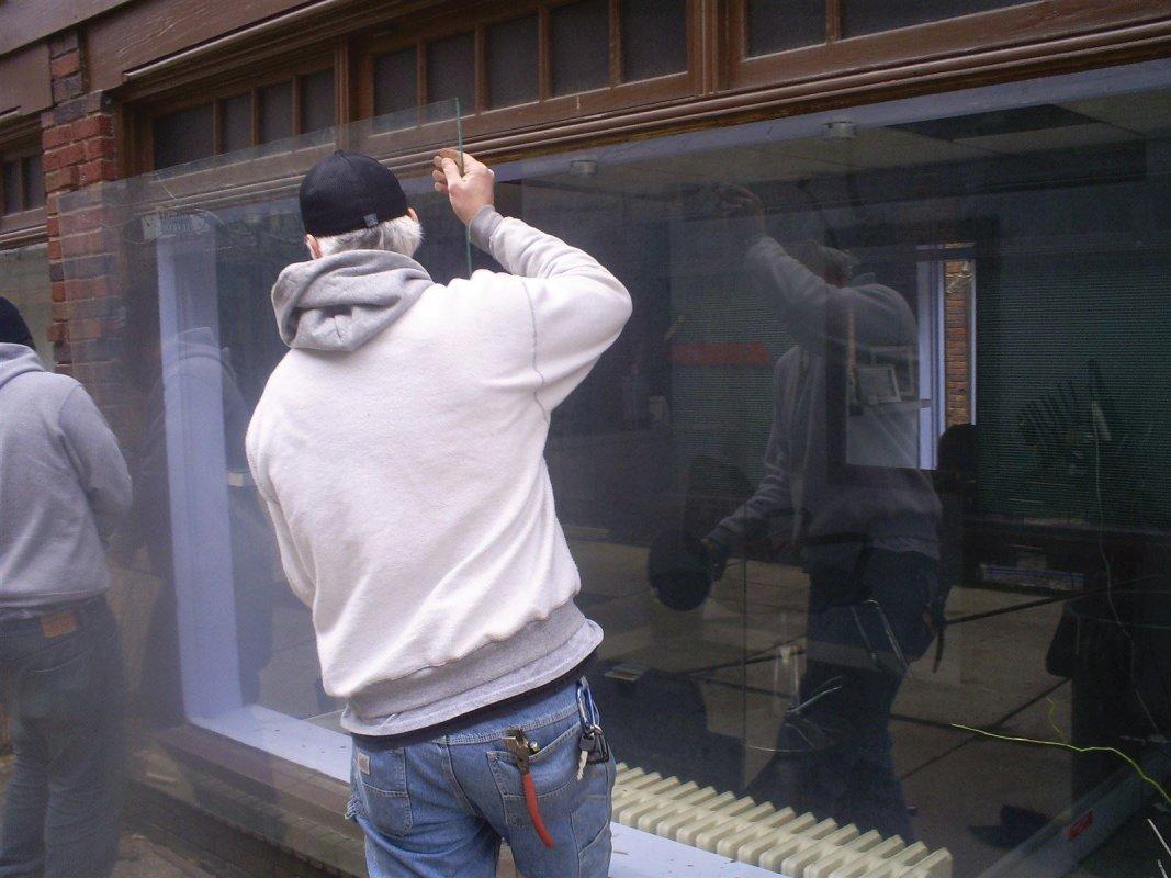 Commercial glass repair in Philadelphia Pa