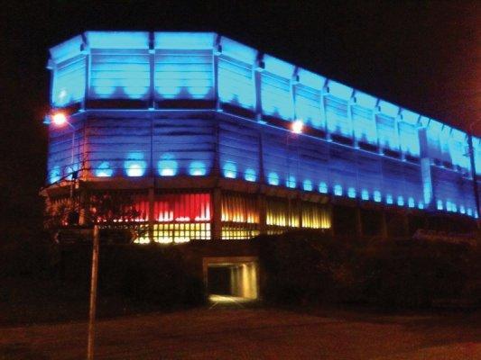 moore st generator illuminated
