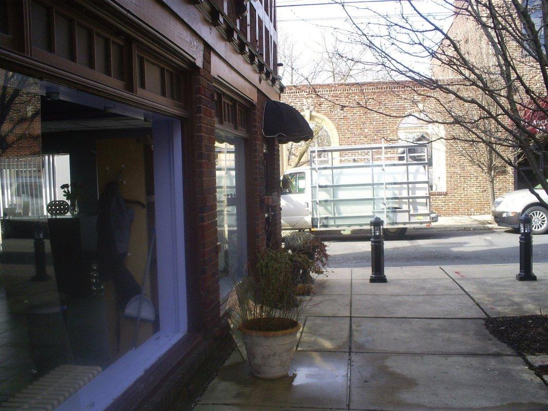 Large commercial plate glass repair Atlas Glass Repair Philadelphia Pa
