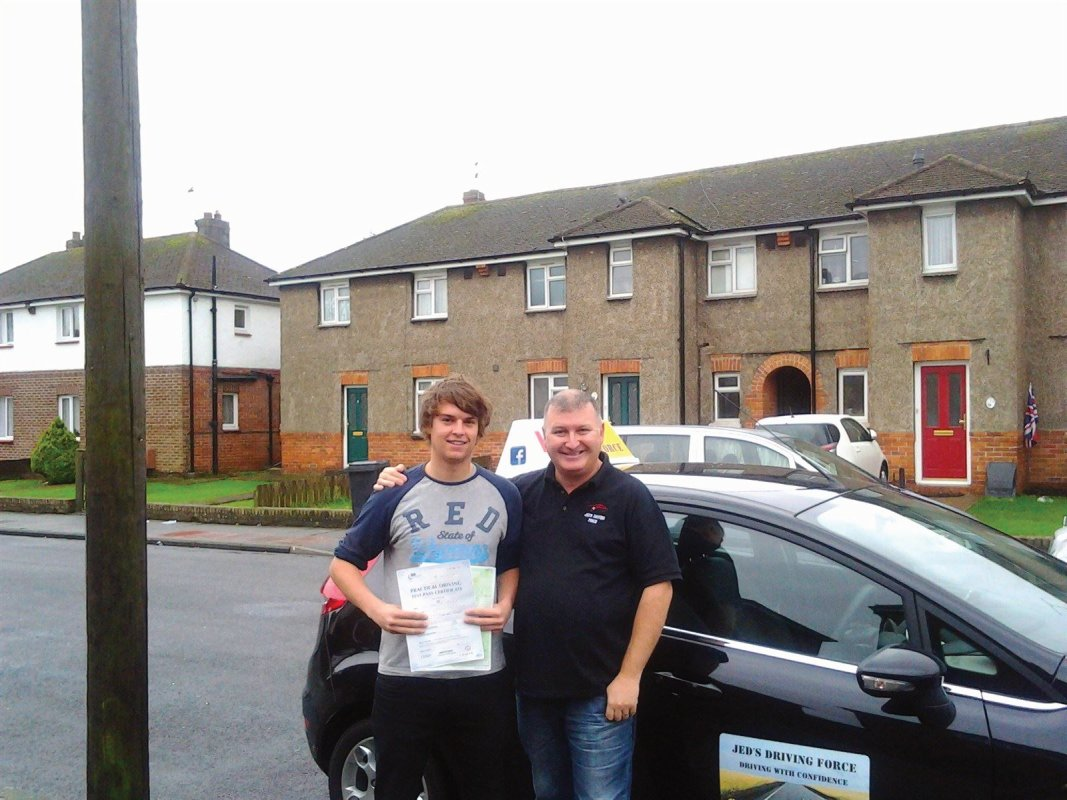 jed young driving instructor from Eastbourne