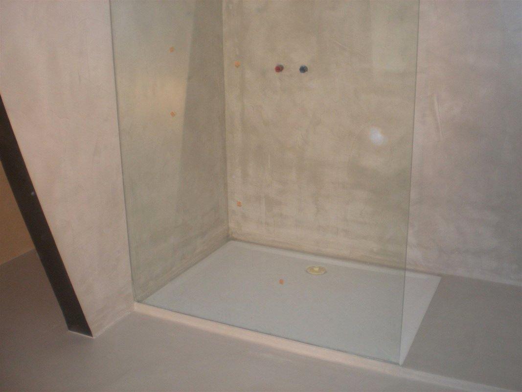 Wir verlegen Mikrozement Beton Cire Pandomo STN
