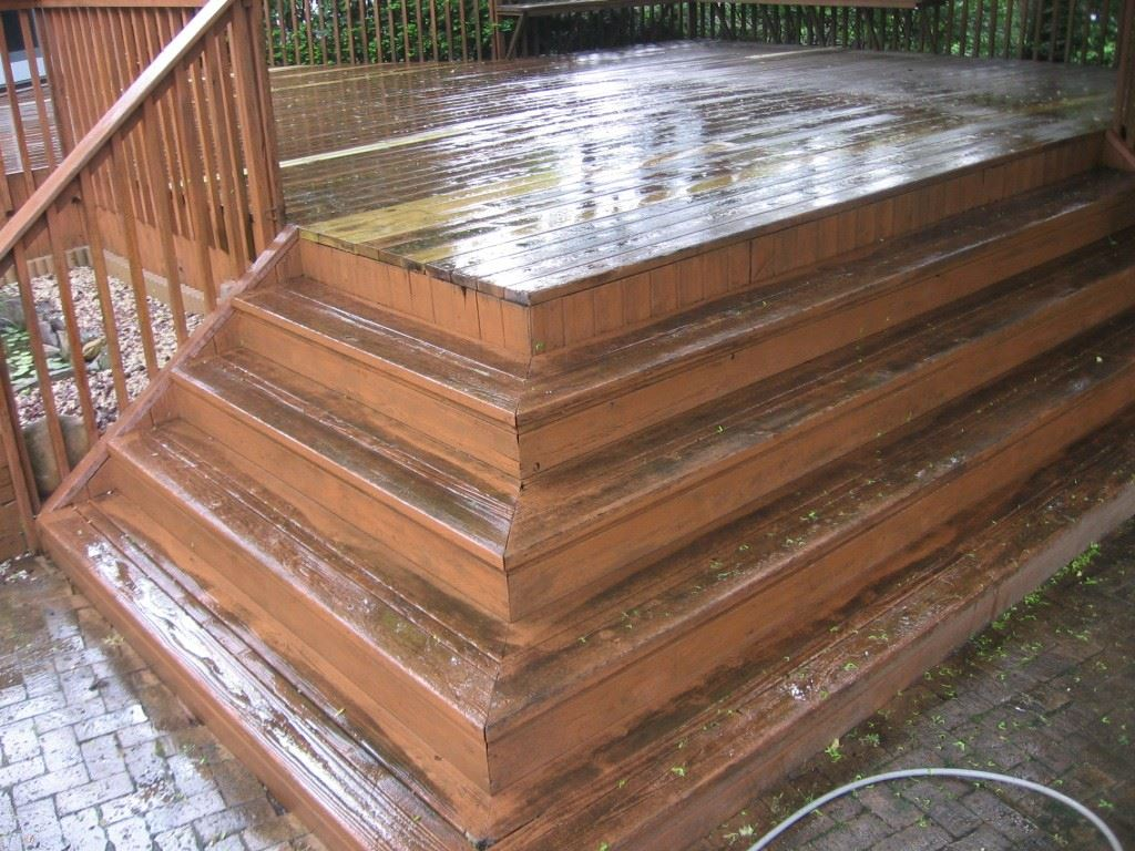 Deck Staining in Huntington : Before