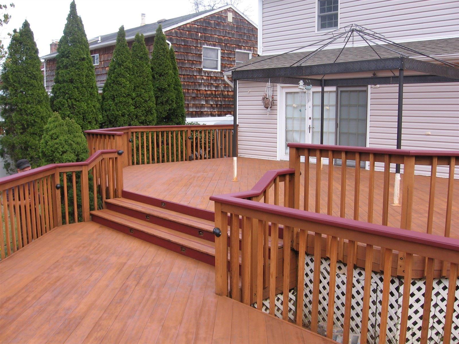 Deck in Smithtown