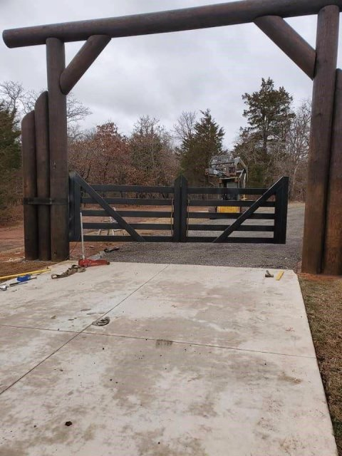 High End Custom Gate build