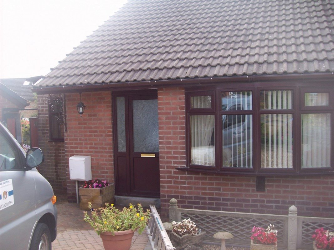 repointed bungalow in rothwell  01138080784