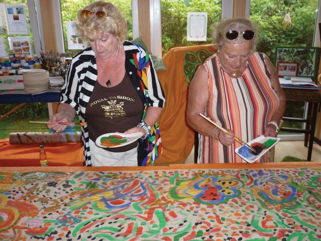 Farbenfroher Malkurs für Frauen über 70'ig! Immer am Montag!