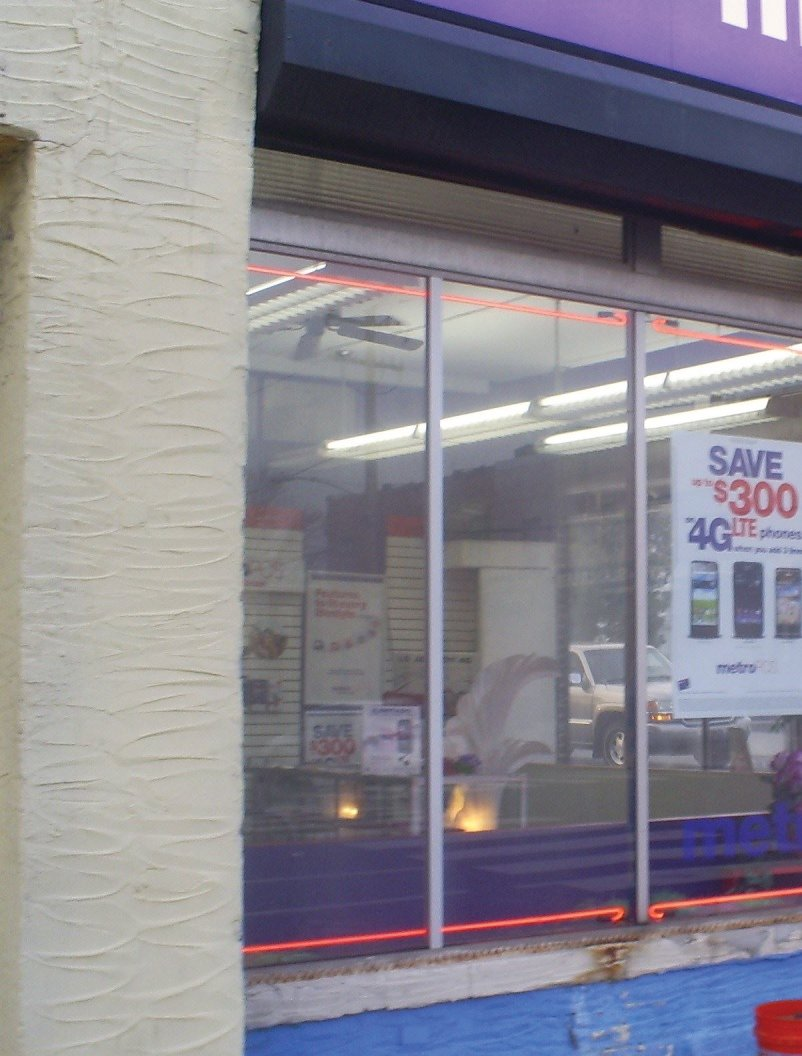 Commercial window glass repair complete