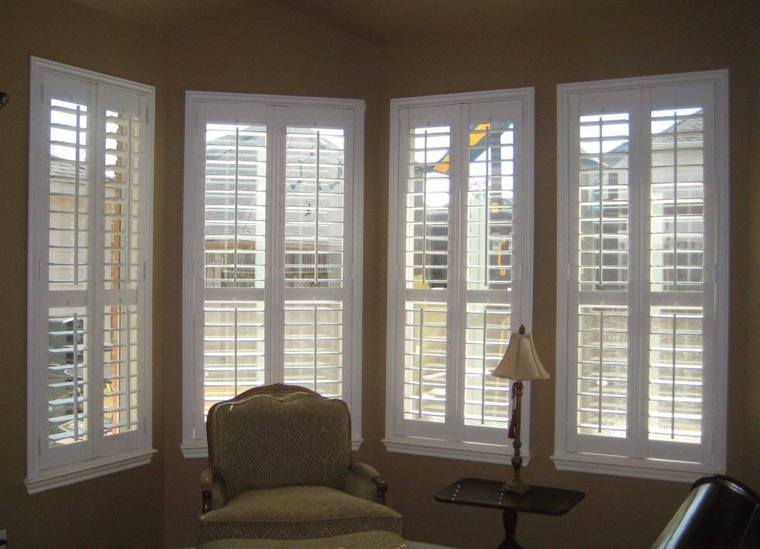 """After with 3 1/2"""" Plantation Shutters"""