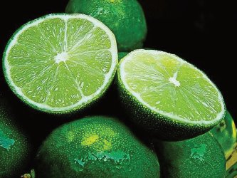 The lemon is a good choice for eliminate bad odors in the trash