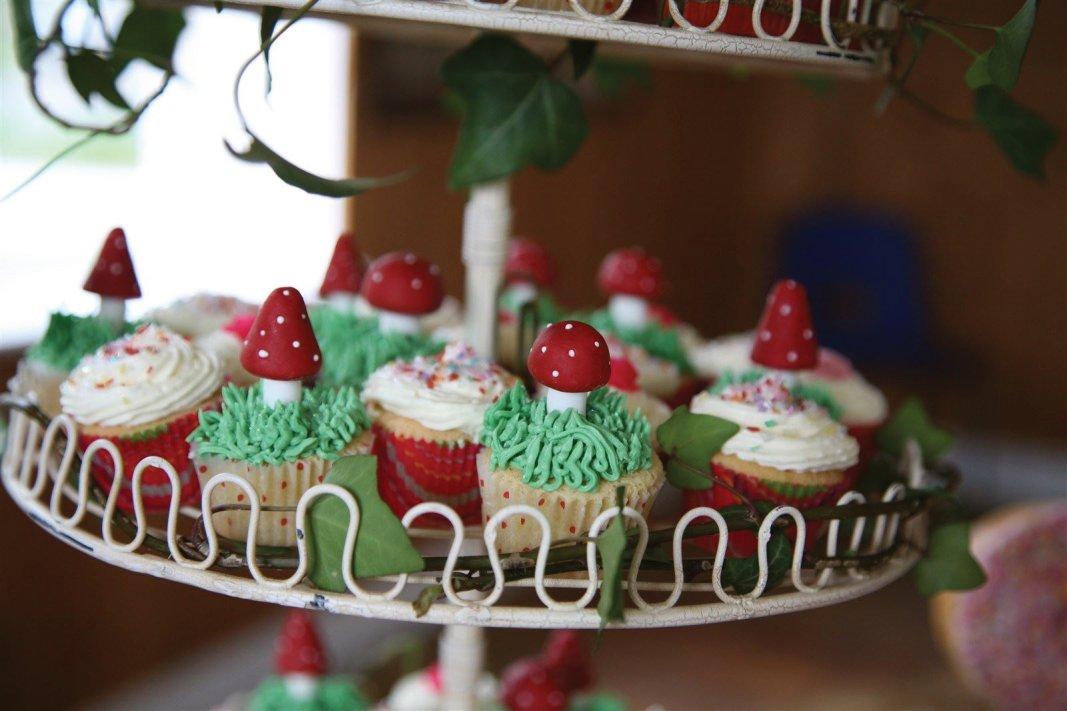 Fairy toadstool mini cupcakes