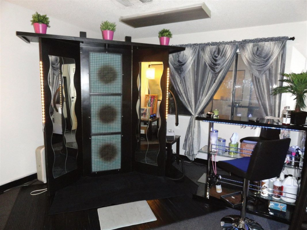 Overspray Airbrush Tanning Spray Booth