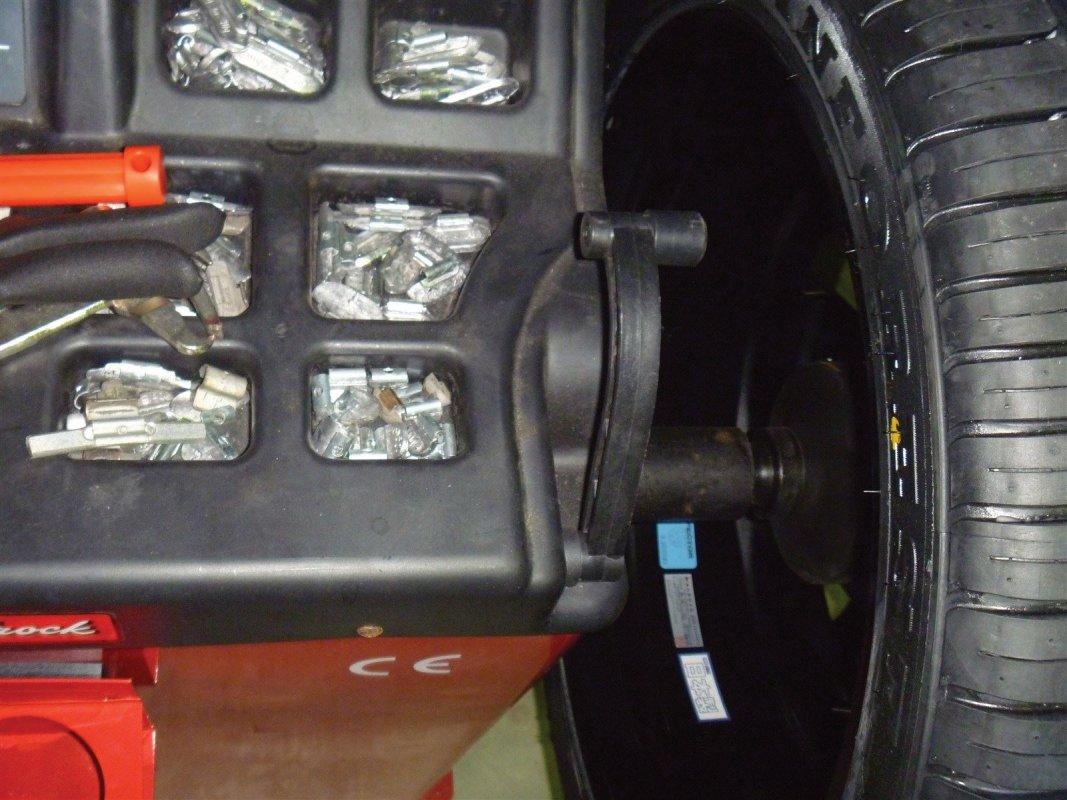 P1010GARAGE MIND, 持ち込み交換, GARAGEMIND, タイヤ, タイヤ交換バイク, タイヤの交換, 軽タイヤ交換, オイル交換, 和歌山 安い タイヤ, 「和歌山」,「和歌山市」,「和歌山県631