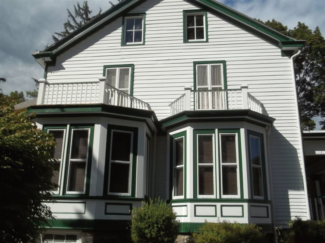 Exterior painting contractor Saugerties NY