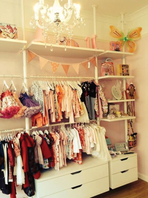 . PINKS . Children's Boutique