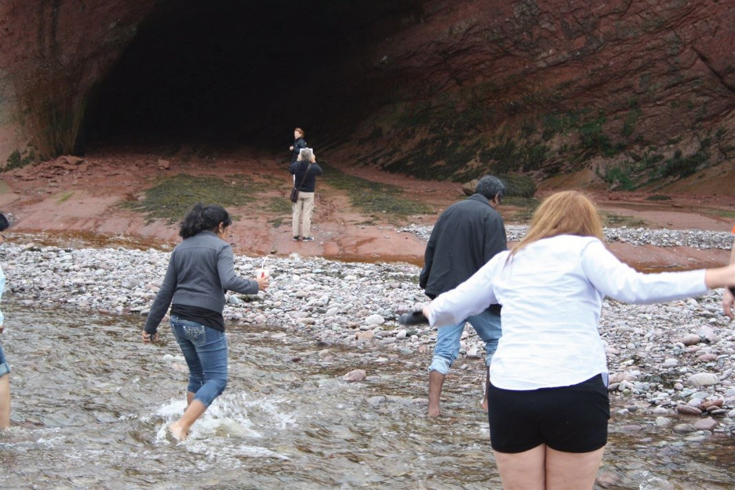Walking on the the ocean floor at St. Martins