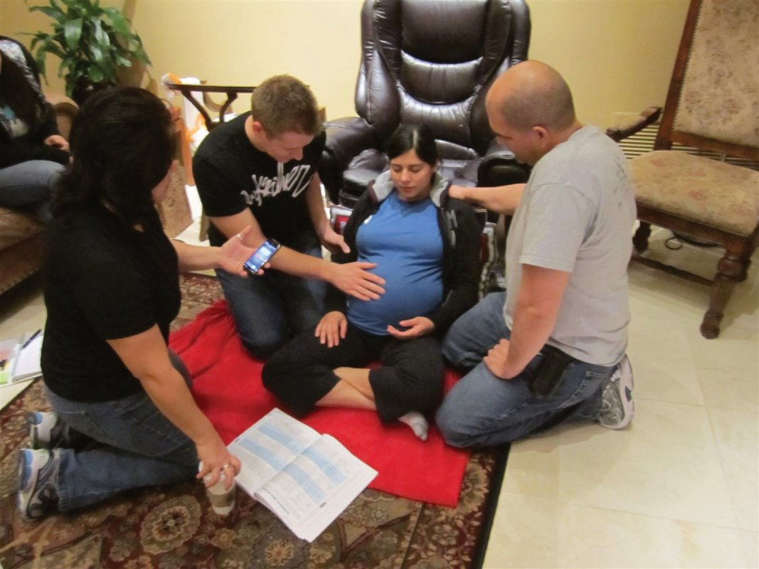 Bradley Method® natural childbirth classes offered in Arizona: Chandler, Tempe, Ahwatukee, Gilbert, Mesa, Scottsdale, Payson