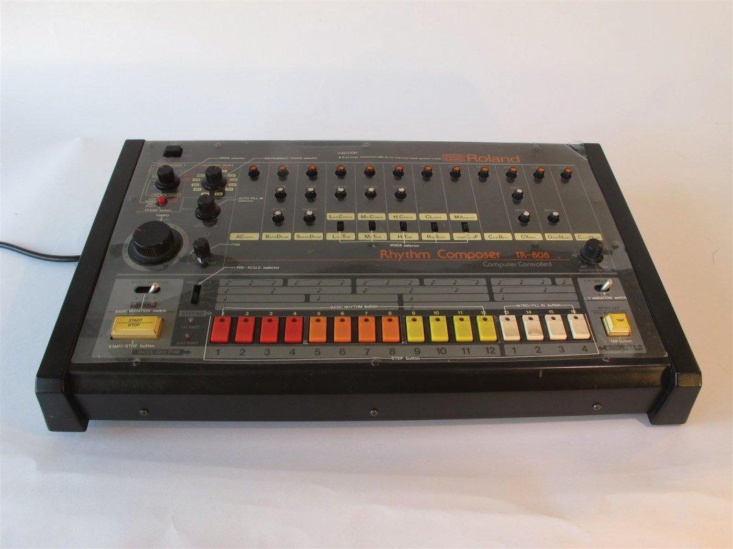 Roland TR 808