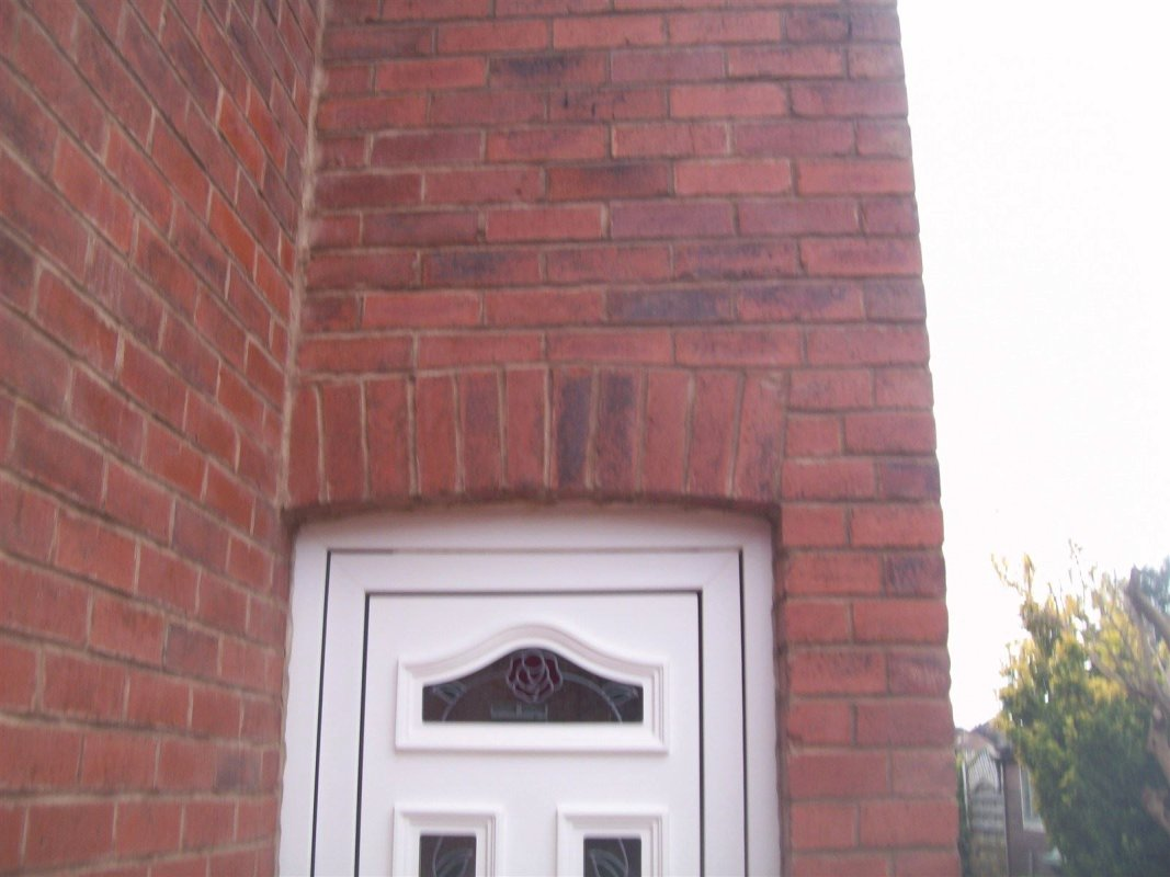 cleaned and repointed brickwork in bramley leeds pointing 01138080784
