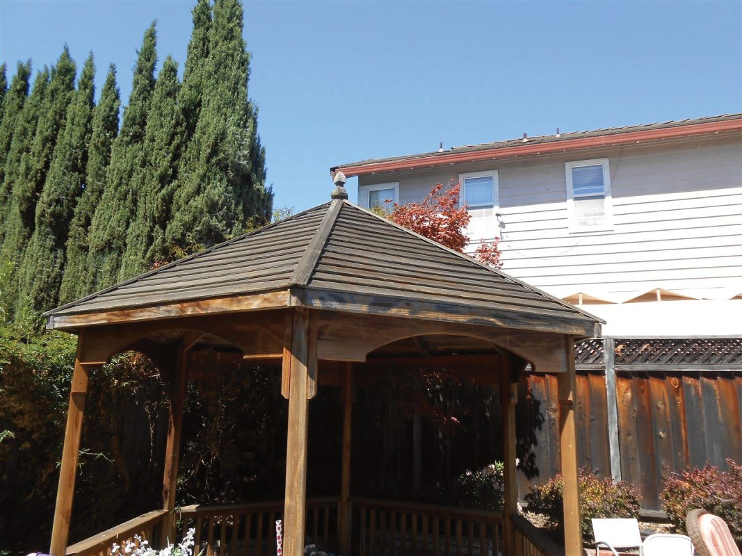 Gazebo (Before) exterior wood staining, House painter, Castro Valley Painting Contractor
