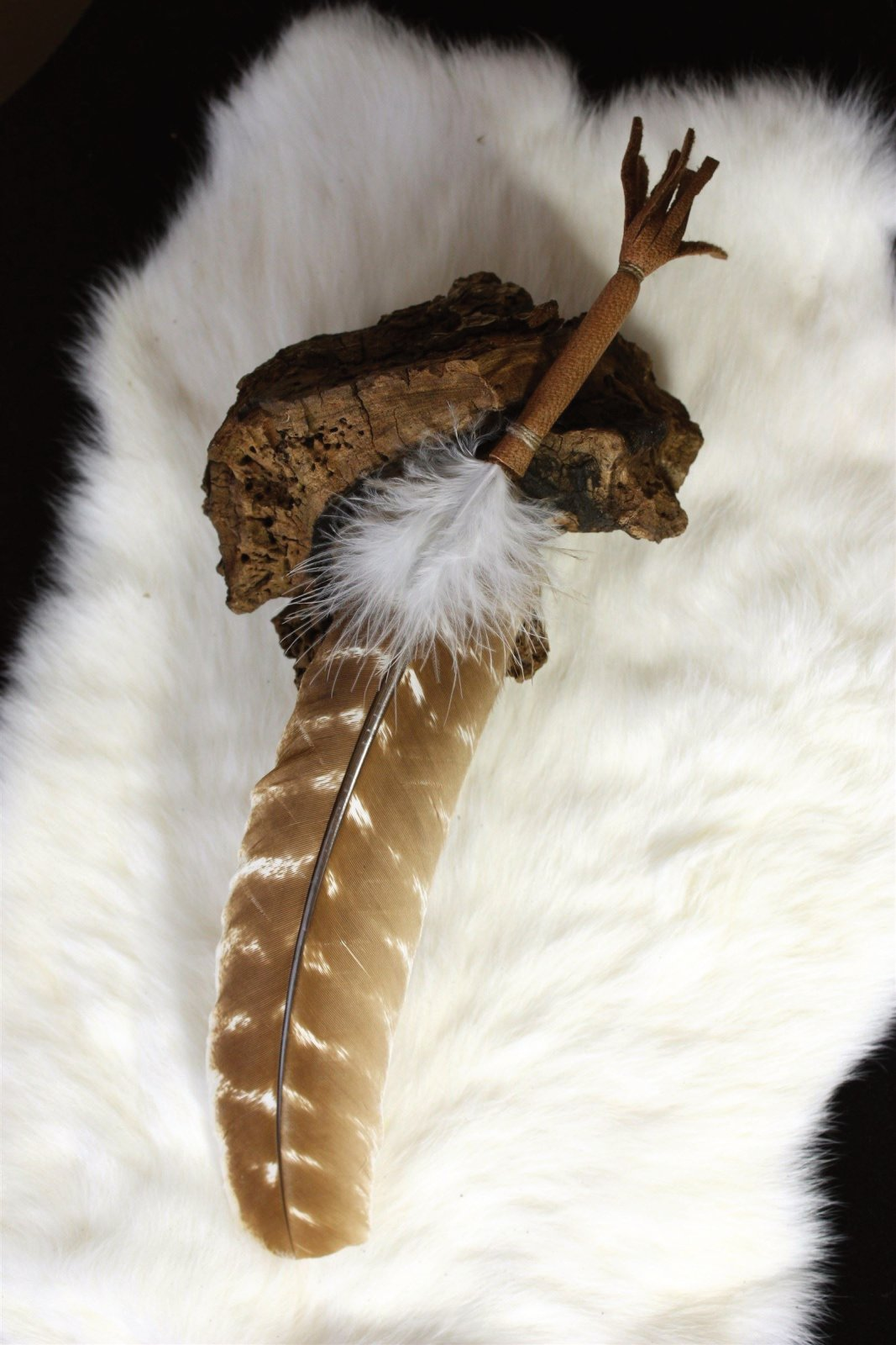 Pretty Light Brown Feather with soft leather handle