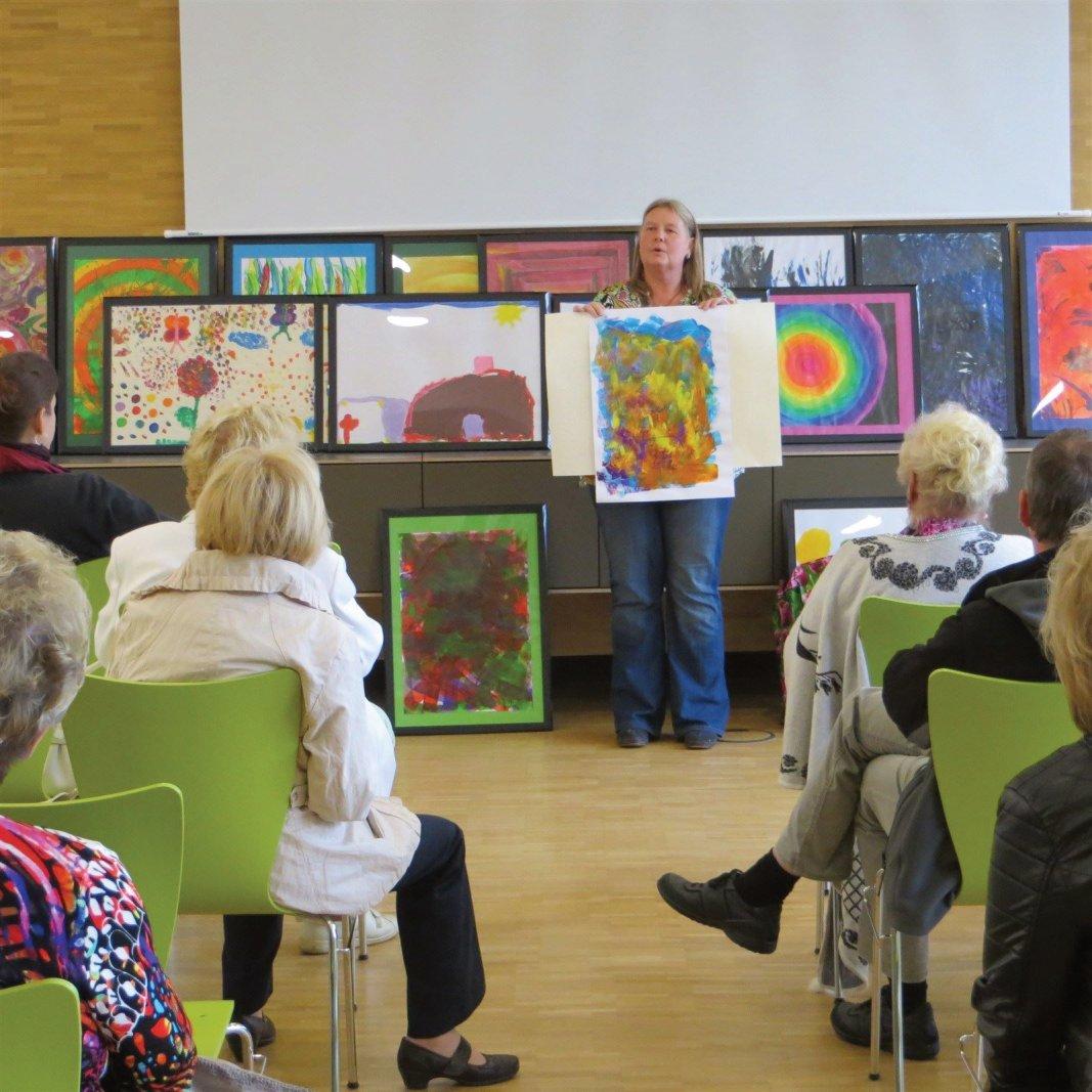 Kunsttherapie Vortrag:Wenn Worte nicht ausreichen - mit Regina Landsiedel-Gerlach