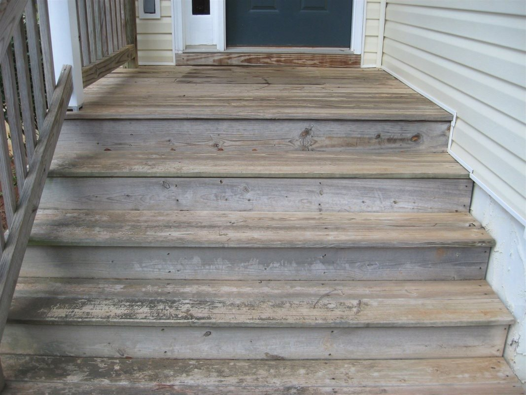 Wood Porch before cleaning