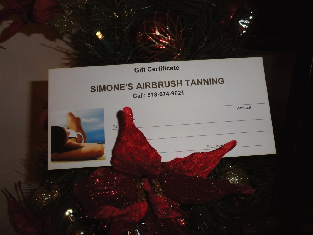 Simone's Airbrush Tanning in Studio City has gift certificates available
