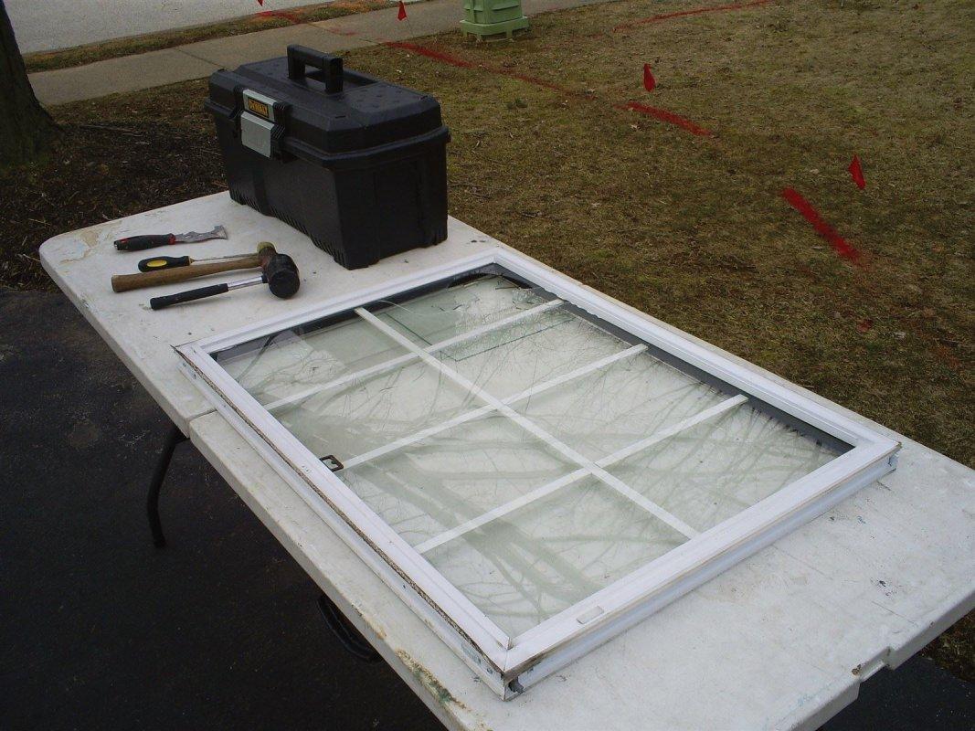 Removing the broken window glass