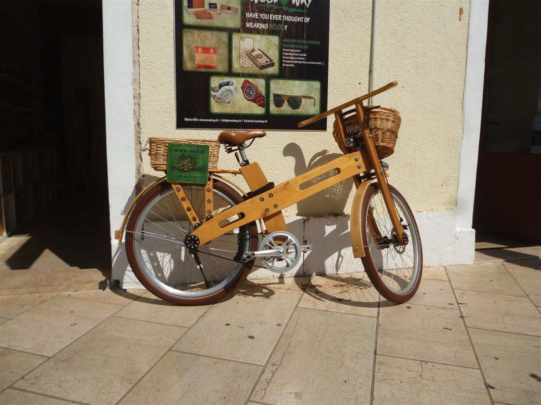 : Un vélo cadre en bois !