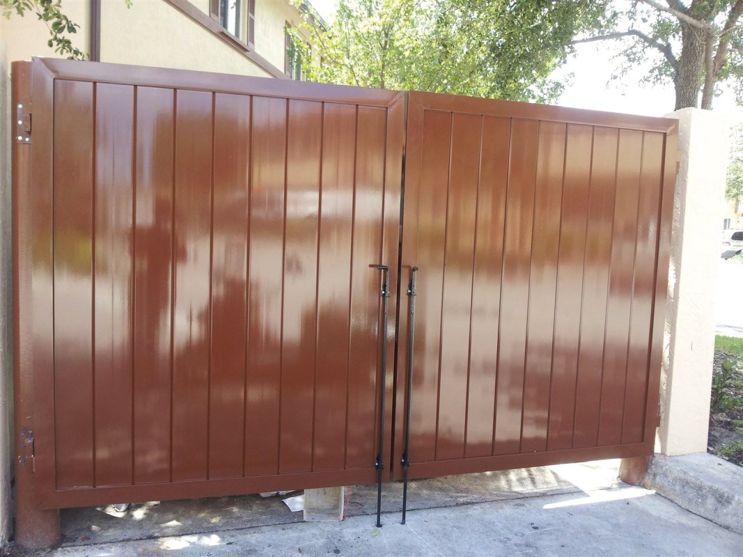 New Dumpster Doors