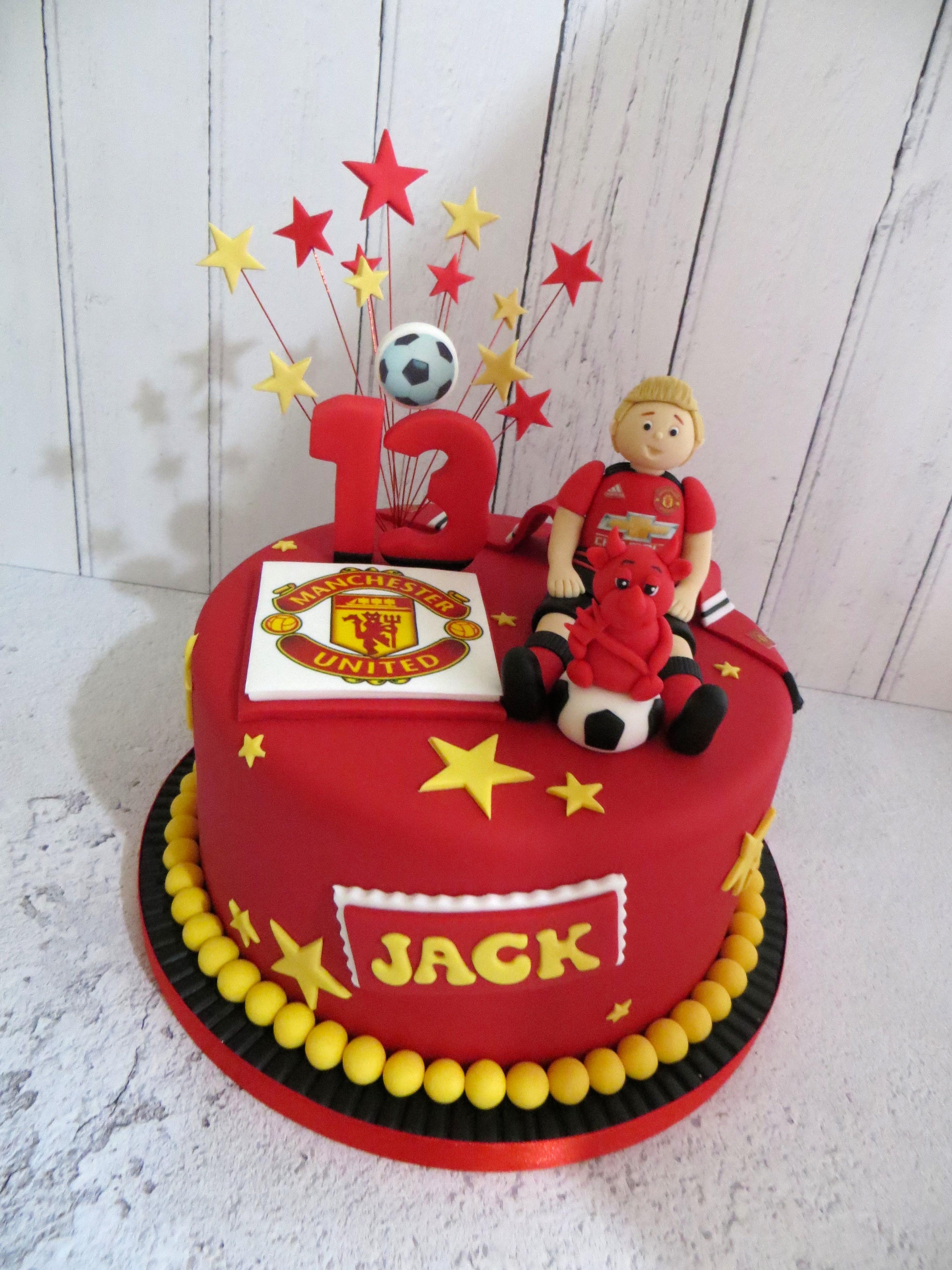 Awe Inspiring Manchester United Birthday Cake Birthday Cards Printable Nowaargucafe Filternl