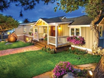 Curb appeal is part of this Encinitas home staging
