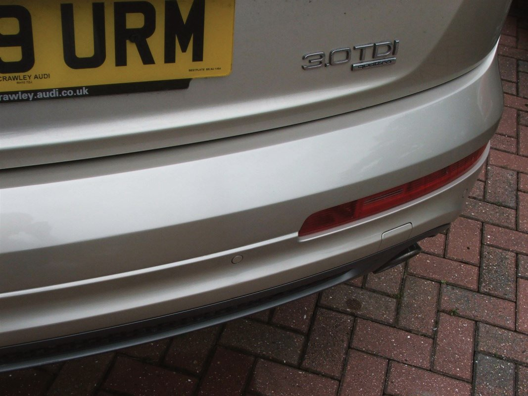 Audi Q7 Bumper repair East Sussex, West Sussex, Eastbourne, Brighton, Bexhill-on-Sea, Hastings, Worthing, Crawley, Horsham, and including Ardingly, Balcombe, Battle, Billingshurst, Bolney, Burgess Hill, Burwash, Cranbrook, Crowborough, East Hoathly, Findon, Forest Row, Hailsham, Hassocks, Hawkhurst, Haywards Heath, Heathfield, Hellingly, Henfield, Herstmonceux, Horam, Horsmonden, Hove, Hurst Green,  Hurstpierpoint, Lancing, Lewes, Lindfield, Littlehampton, Maresfield, Newhaven, Newick, Partridge Green, Peacehaven, Pease Pottage, Pevensey, Polegate, Ringmer, Rustington, Saltdean, Sandhurst, Seaford, Steyning, Southwater, Storrington, Tunbridge Wells, Turners Hill, Uckfield, West Chiltington, West Grinstead, Westham