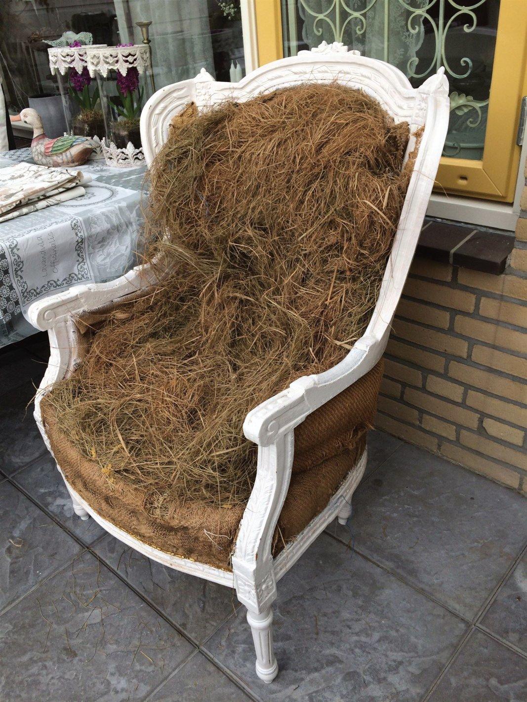 Oude brocante stoel, voor de opknapper!