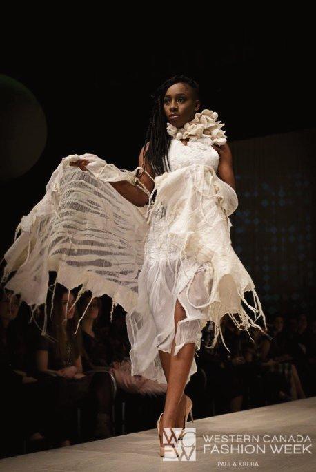 Image: Paula Kreba; Designer: Elina Ten Eco Couture