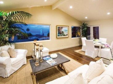 Views are highlighted by this Encinitas CA home staging