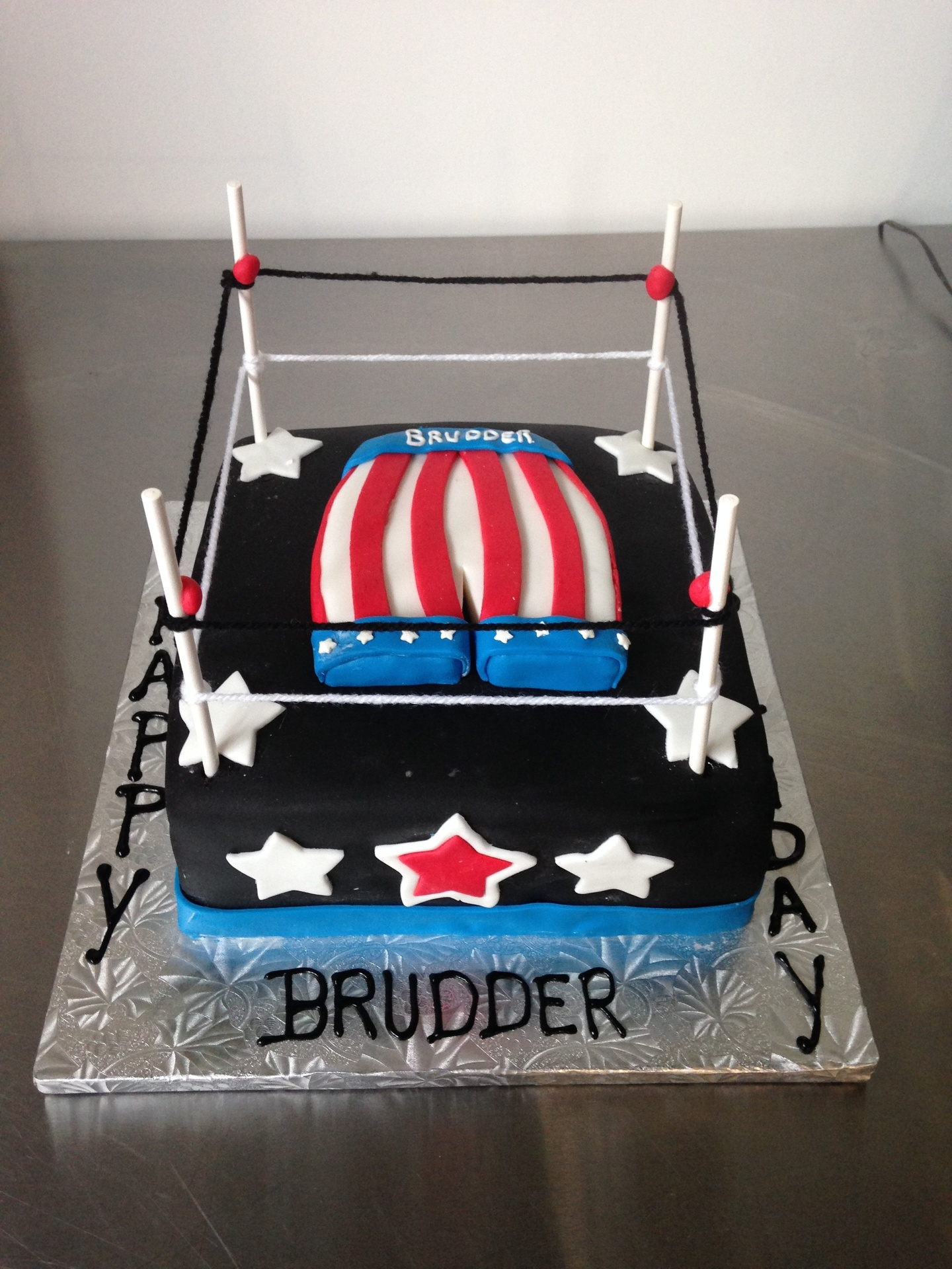 Groovy Boxing Themed Cake Funny Birthday Cards Online Hendilapandamsfinfo